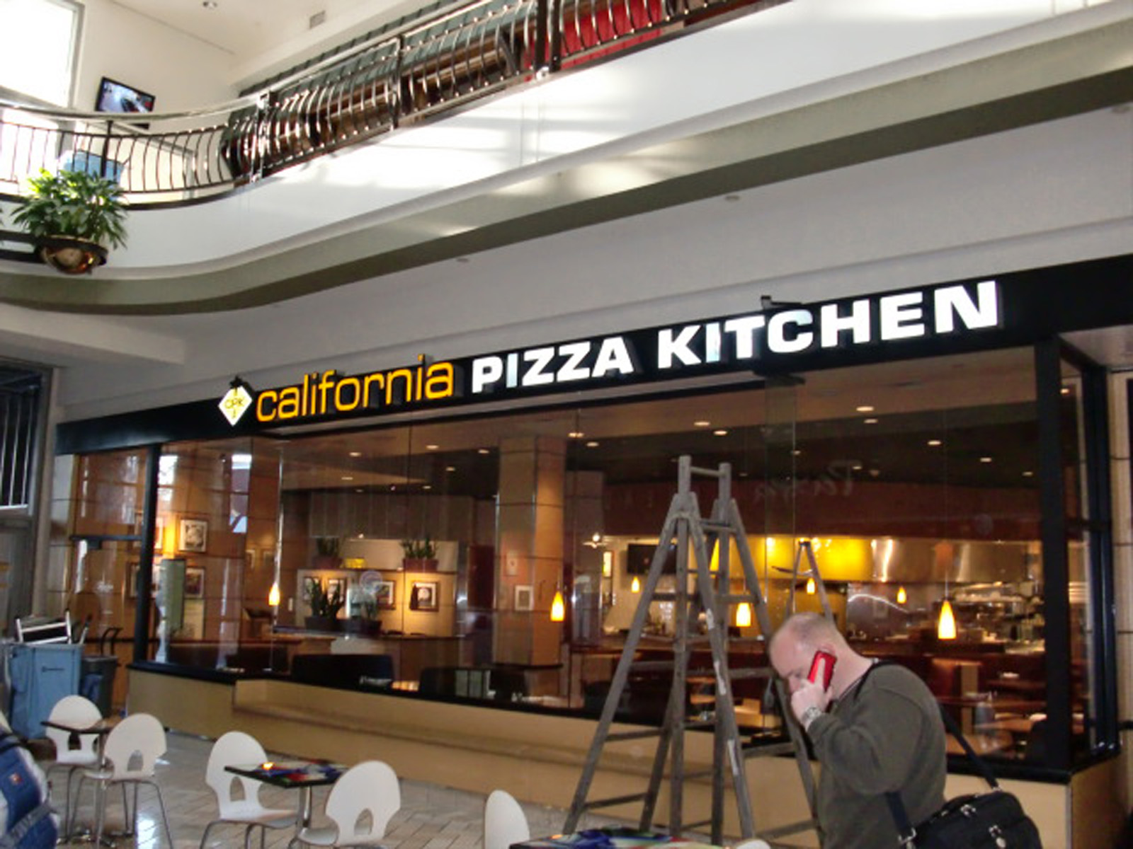 California Pizza Kitchen Ark Signs